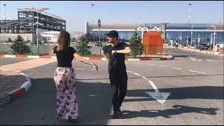 Девушка В Красивых Брюках Танцует С Парнями В Аэропорту В Махачкале 2018 ALISHKA AZARINA ELVIN