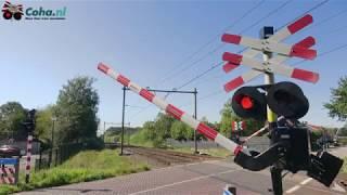 Spoorwegovergang Helvoirt 😍4K😍 // Dutch railroad crossing
