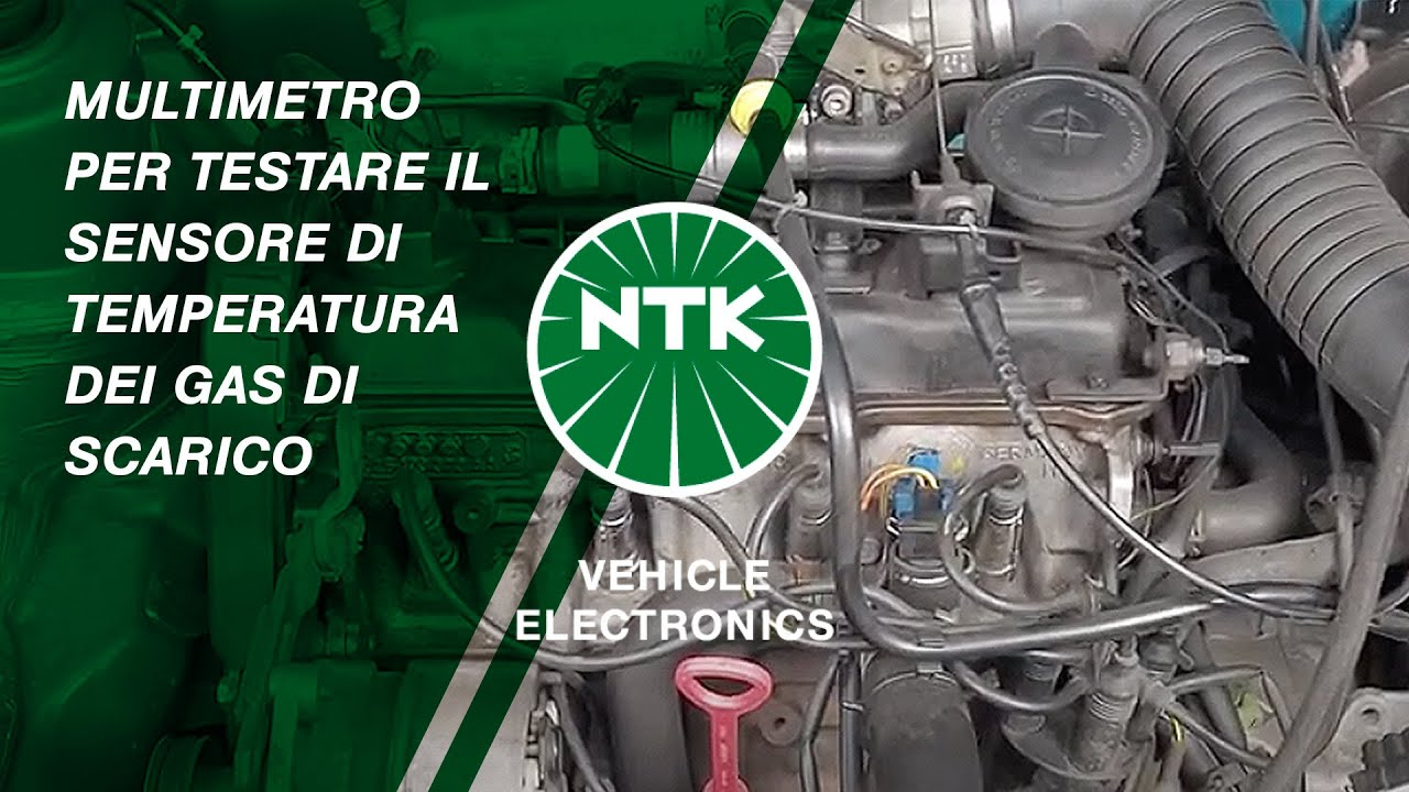 Multimetro per testare il sensore di temperatura dei gas