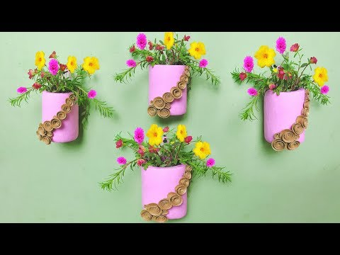 Wall Hanging Flower Vase with plastic bottle // Room Flower garden ideas // Plastic bottle planter