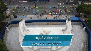 Desde indígenas hasta profesionistas, manifestantes de FRENAAA se instalaron en avenida Juárez luego que policías los encapsularon; afirman que el Presidente Andrés Manuel López Obrador no sabe gobernar