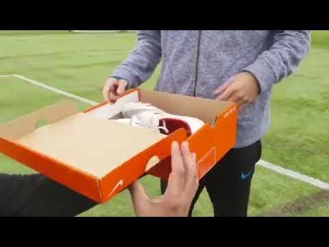 Nike Football Presents: Release The Venom 6BUS1062-0206-2019 Believe