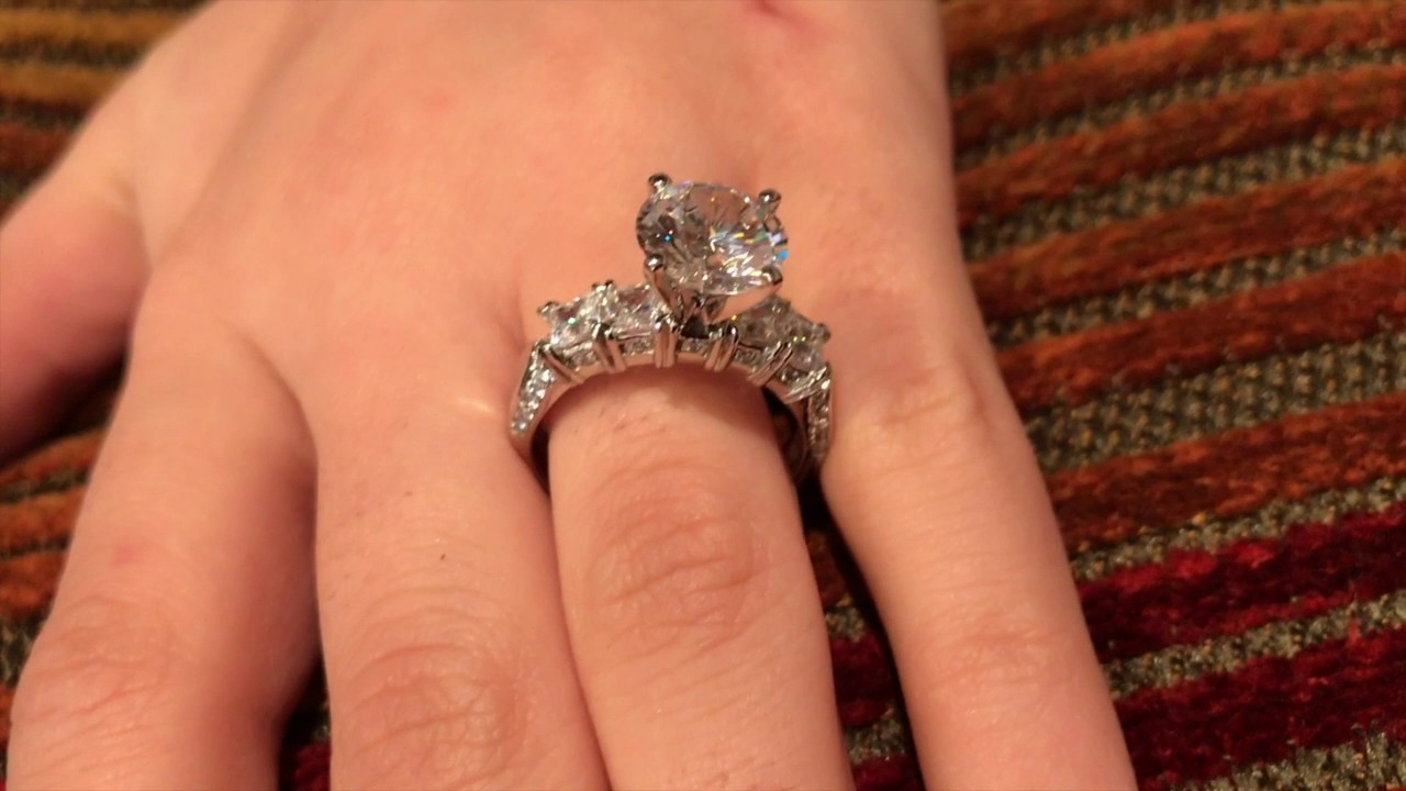 High Quality Cubic Zirconia Wedding Rings
