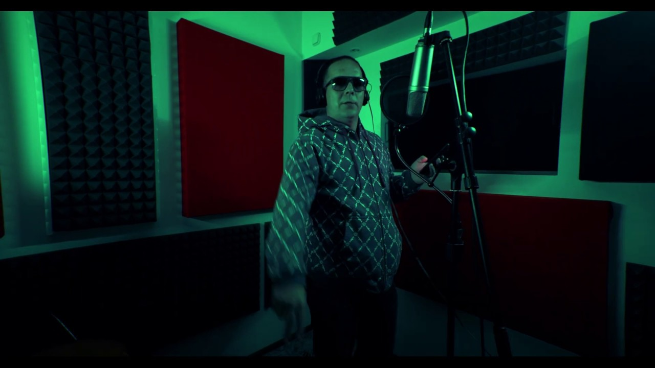 Miky Mora - #Hot16Challenge2
