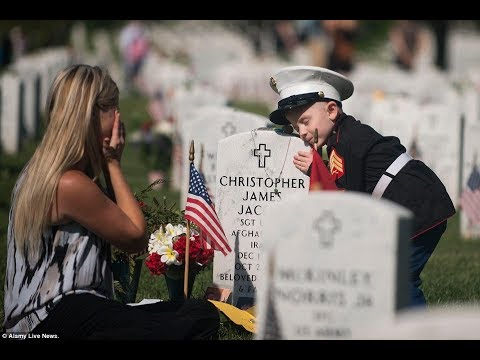 Memorial Day Bagpipes Tribute: Amazing Grace (Bagpipes)