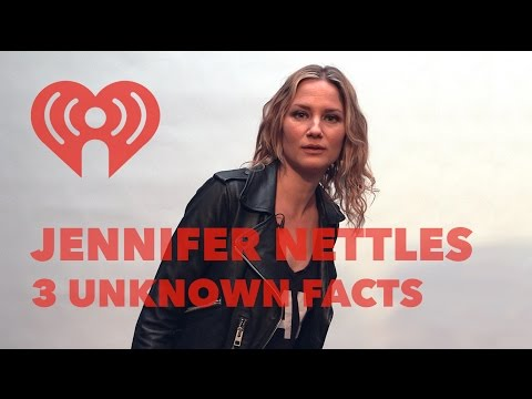 Weird Jennifer Nettles' Facts You Need to Know | Exclusive Interview