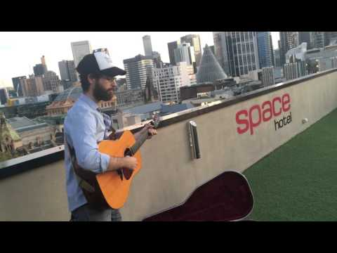 "John Flanagan ""Ripples"" Live & Acoustic on The AU Sessions"