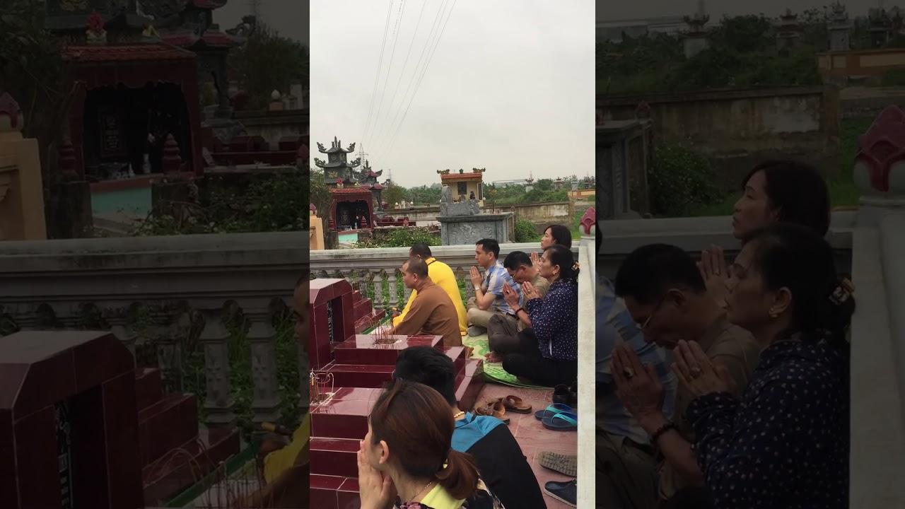 Lễ tạ mộ ngày Giỗ tổ Hùng Vương 10/3 âm lịch 2018