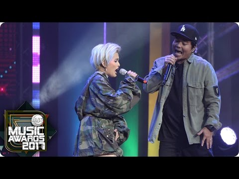 "Gloc-9 & KZ perform ""Industriya"" at the MYX Music Awards"