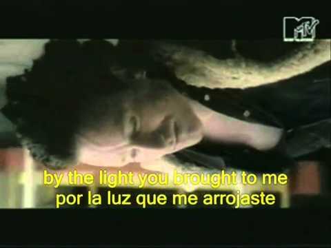U2 - Stuck in a moment Subtitulado Español