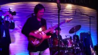 Moonflower - Trung Nghia and his Guitar