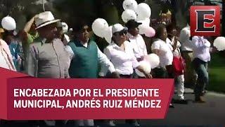 Marcha en Atenco en favor de la construcción del NAIM