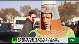 100,000+ people & 2,000 rallies: 'Yellow vest' protest against rising fuel prices hits France