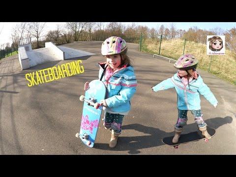 SKATEBOARDING 🏂 Hannah übt Skateboard fahren - 1. Versuche auf der Skaterbahn - Skatergirl