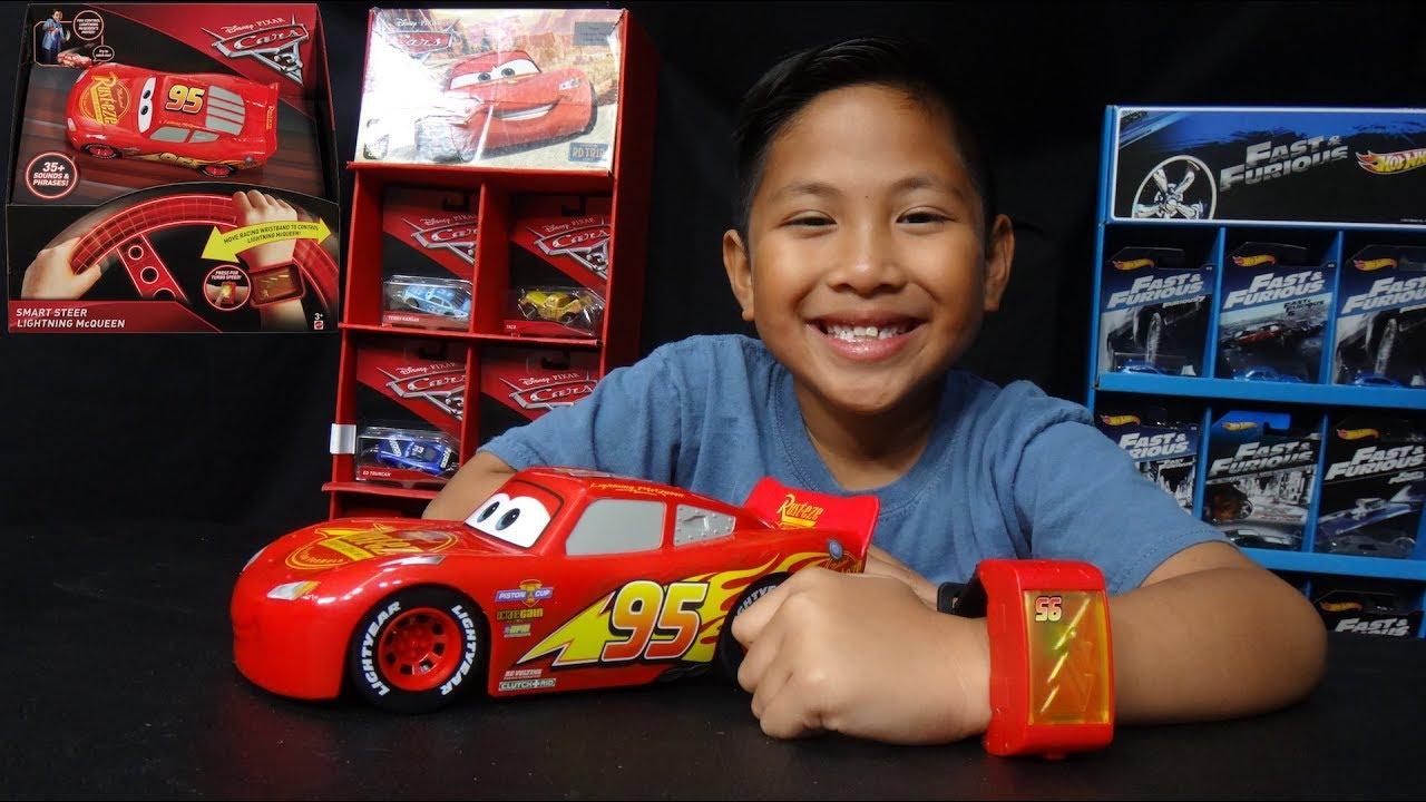 Disney Pixar Cars 3 Smart Steer Lightning McQueen Wrist Control Vehicle NEW