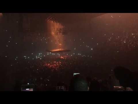 Kanye - Stronger (live)