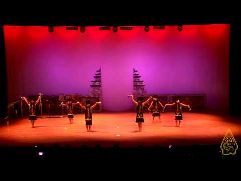 Giring Giring (Kalimantan) Dance - Knock Knock Indonesia 2014
