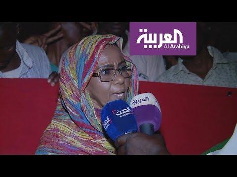 سودانيات يعبرن عن آرائهن في تمثيل المرأة بـ40% في البرلمان كما اقترح الإعلان الدستوري؟