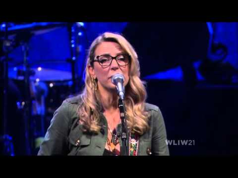 Angel From Montgomery - Tedeschi Trucks Band(Infinity Hall Live 2015)