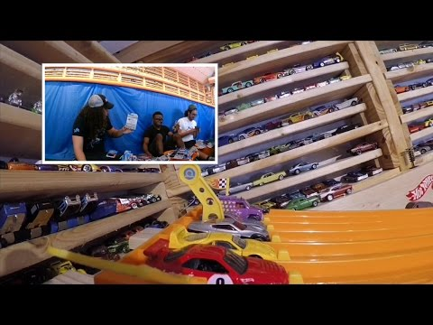 """2016 HOT WHEELS SUPER 6 LANE KING OF THE HILL #4 """"THE RACE"""" Day 1..."""