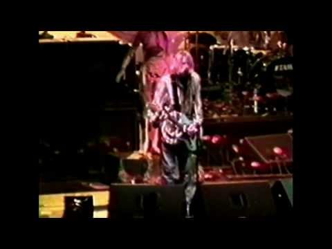 Nirvana - Oakland-Alameda County Coliseum Arena, Oakland 1993 (AMT #1)