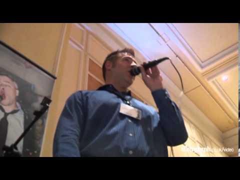 CES: Karaoke machine that makes you sound like Barry White