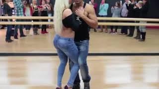 Hasretinle Yandı Gönlüm Dance