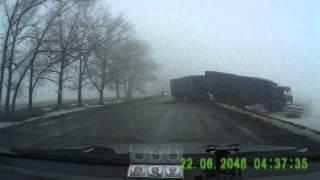 Авария на трассе Алексеевка-Иловка(Ребята не лихачте...порой это приводит к печальным последствиям...как и в данном видео..., 2014-02-20T20:57:15.000Z)