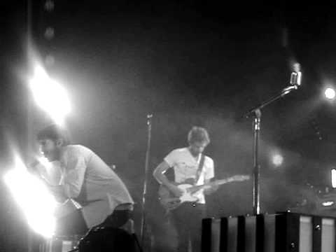 """Young The Giant """"12 Fingers"""" @ The Wiltern Part 4 2/12/2012"""
