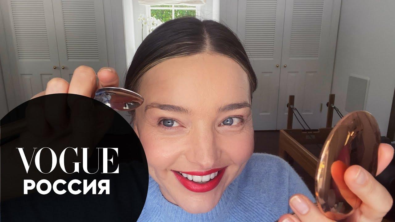 Миранда Керр показывает, как накраситься на свидание