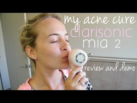How I Cleared Up My Skin - Clarisonic Mia 2 Mini Review and Demo!