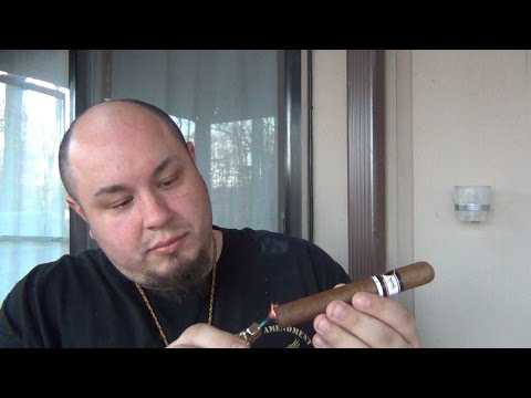 "Cigar Review : Bobalu ""The Boxer"" Limited Edition (52 X 6 Toro)"