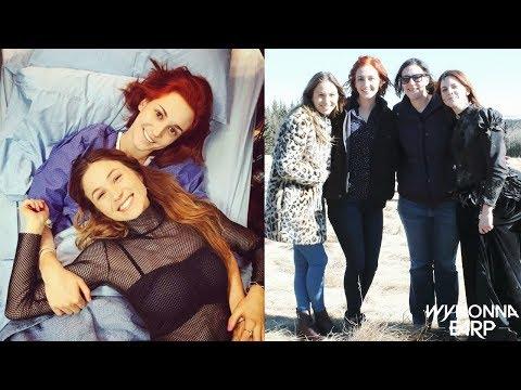 Wynonna Earp 2x10 Behind The Scenes