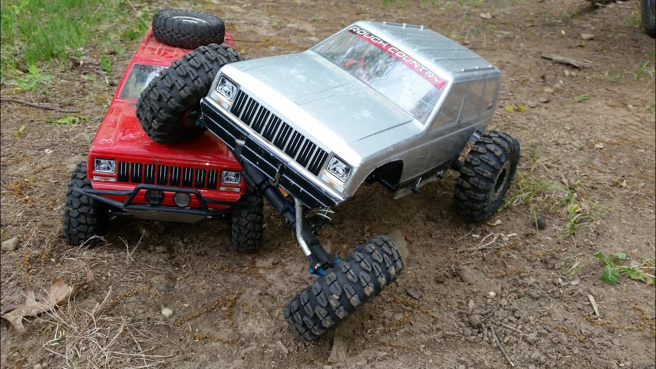 Jeep Rock Crawler Two Rc Jeep Cherokee Xj Rock Crawler 4x4 Trucks Axial Scx10 Honcho
