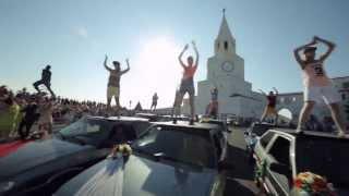 Супер флешмоб в Казани. Свадьба у стен Кремля!!! Flash mob in Kazan 2013