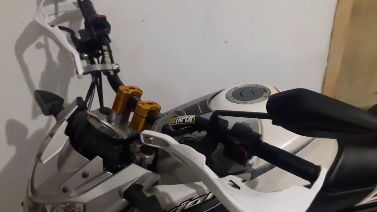 Modifikasi Yamaha Vixion Menggunakan Stang Fatbar Youtube Raiser Protaper