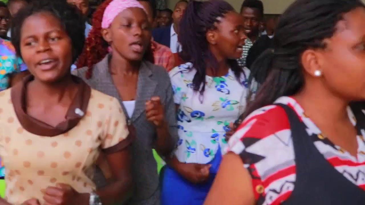 Download LUGHA YA MUZIKI  na Kwaya ya Mt. Romano Mtunzi  - Jkuat Catcom