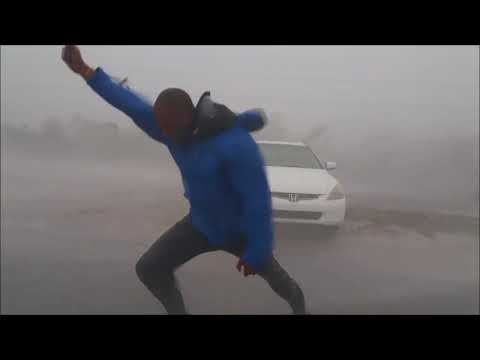 Meteorologist FIGHTS AGAINST #HurricaneIRMA #IRMA WINDS RAIN In Key West #Hurricane #Florida [VIDEO]