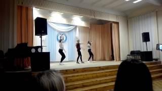 Девушки танцуют под MiyaGi & Эндшпиль - I Got Love