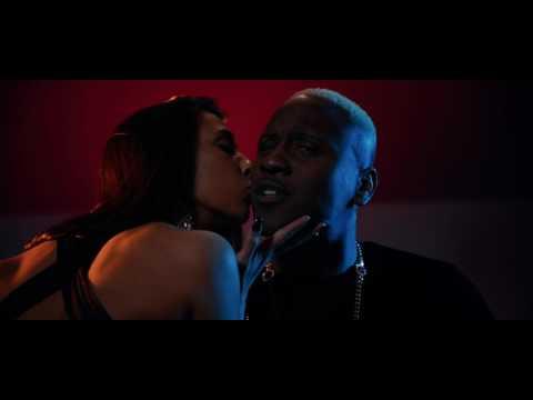 Bebuxo - Um Kiss mp3 indir