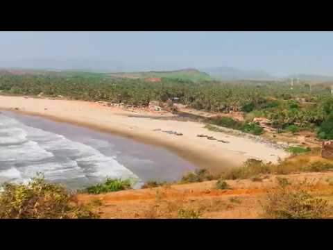 Kitlem Sobit Goa Amchem (Goan Konkani Song w/Lyrics)     ~ Hema Sardessai