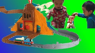 Fisher Price Thomas The Train Take and Play Roaring Dino Run Family Fun Playtime Video for Kids