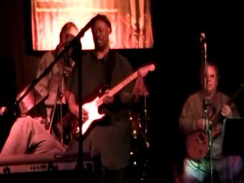 Clyde Dotson does Little Red Rooster at JC's Bulls...