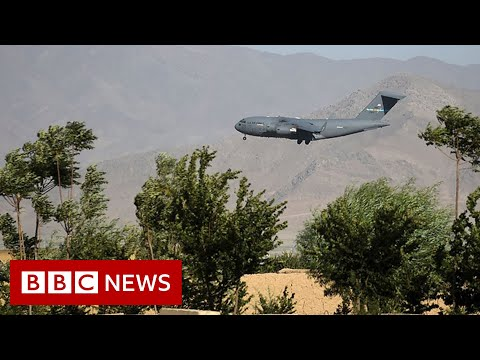 Last US and Nato forces leave key Afghanistan base - BBC News