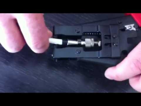 F-Kompression Stecker, Crimzange - YouTube