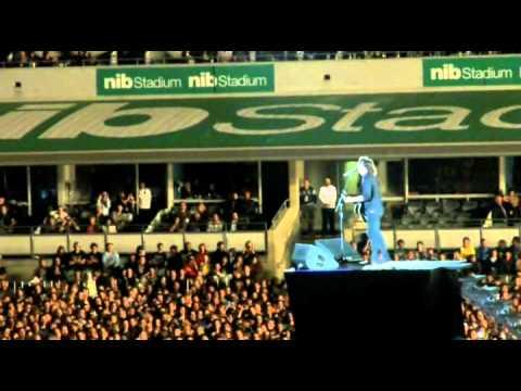 Foo's- Wheels (shitty seats), Best Of You, Times Like These (half) (NIB Stadium, Perth, 28/11/11)