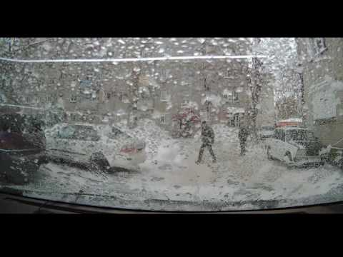 14 12 16 обрезанное видео схода сенега на машину