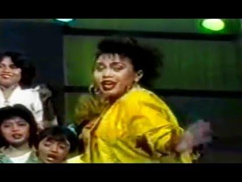 Hetty Koes Endang - Berdiri Bulu Romaku (1986 Selekta Pop TVRI)