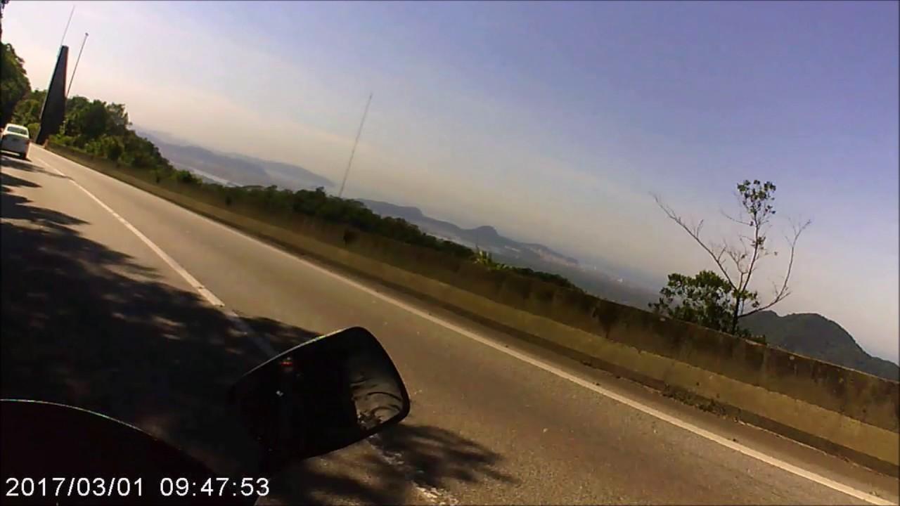 Luck Harold RD350R 1991 preta curta o visual da descida da Rodovia Anchieta pela pista norte