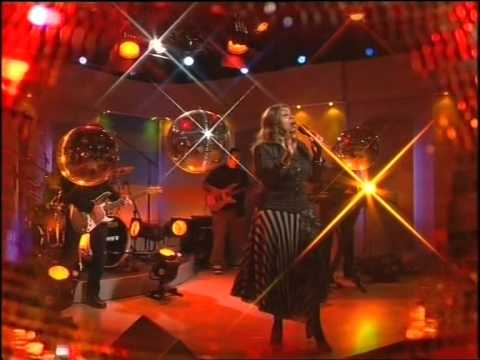 Gloria Gaynor - I Will Survive 2004 (live On Good Morning Australia)